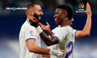 Karim Benzema dan Vinicius Jr, Dua Pemain Kunci Real Madrid Musim 2021-2022 (Kredit Marca)